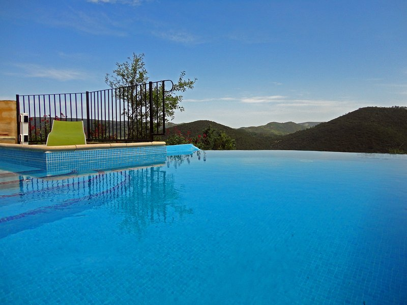 Heated infinity pool