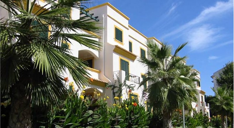 apartment on first floor , 3 rooms, 2 bathrooms in Lote 1 - apartment nr 108 -