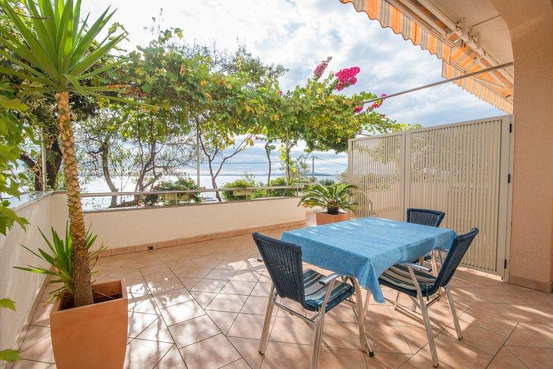 Apartment 4 Luci & Kety LUN, Pag, casa vacanza a Lun