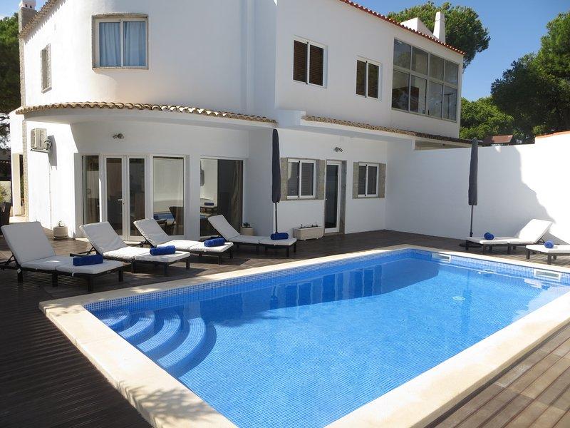 Villa Layla 5 bedrooms in walking distance of Marina, holiday rental in Vilamoura