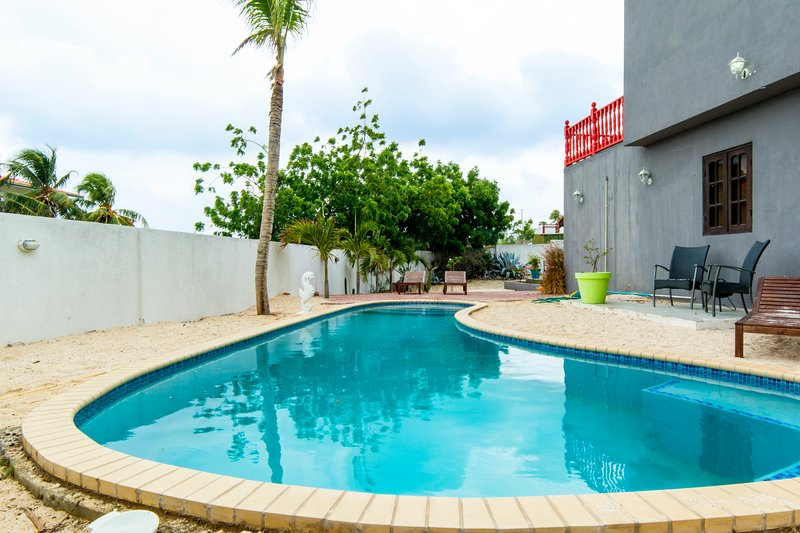 Advantage apartments Curacao One bedroom Has Grill and ...