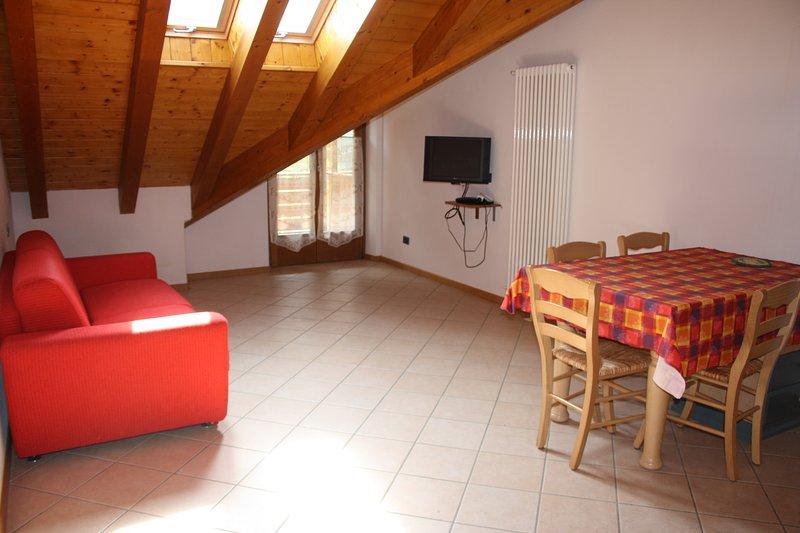 CASA COSTA DEL SOL appartamento FAGGIO, vakantiewoning in Calavino