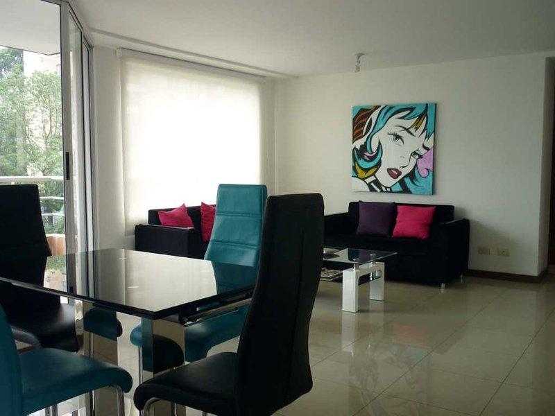 Furnished 3 Bedroom POBLADO #126, holiday rental in Santa Elena
