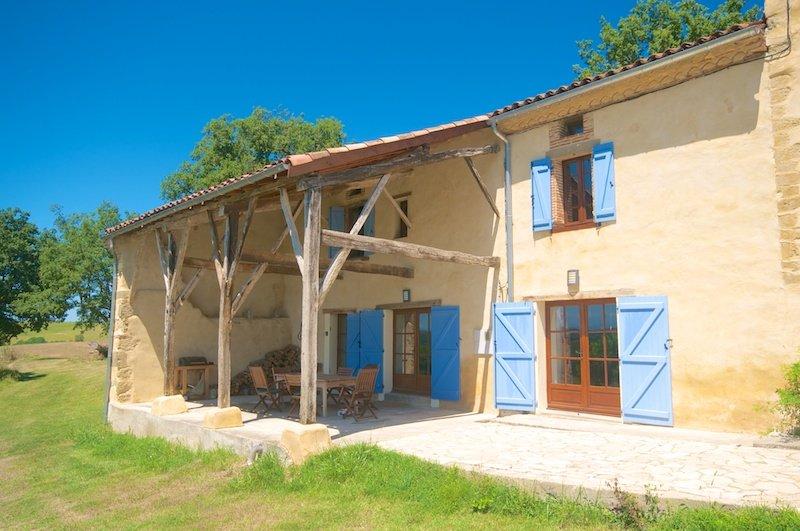 Gite Bertre, location de vacances à Artigat