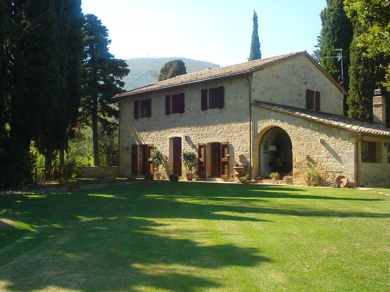 Picturesque country house set in beautiful spacious grounds,  with private pool