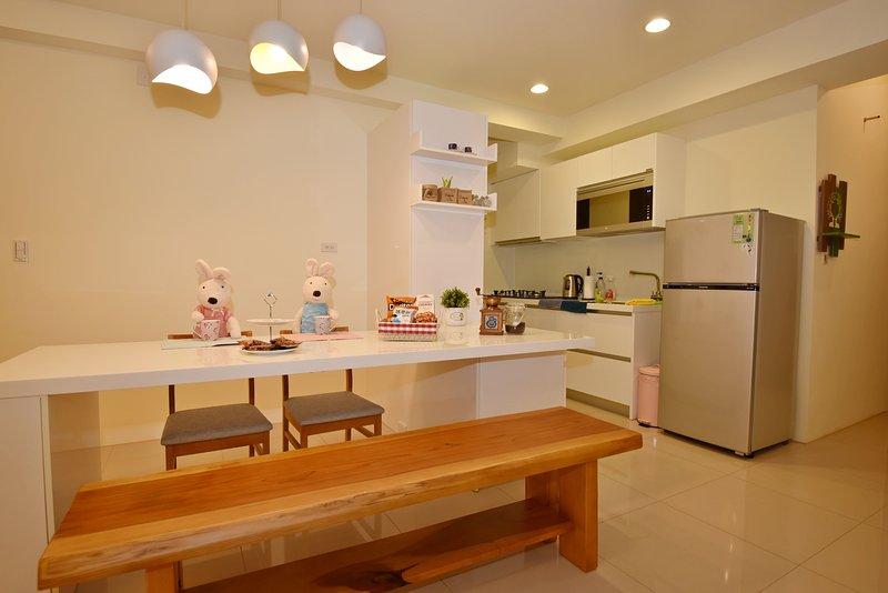 Area comune: zona pranzo e cucina