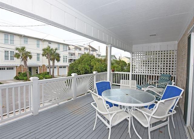 Shore Fun - covered deck