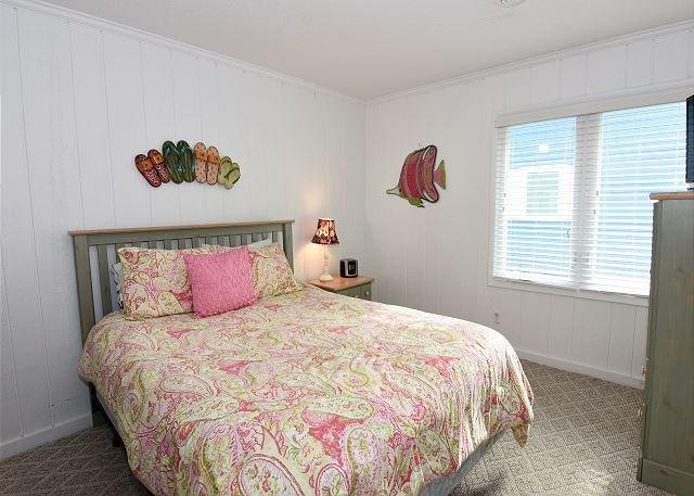 Shore Fun - Bedroom 3