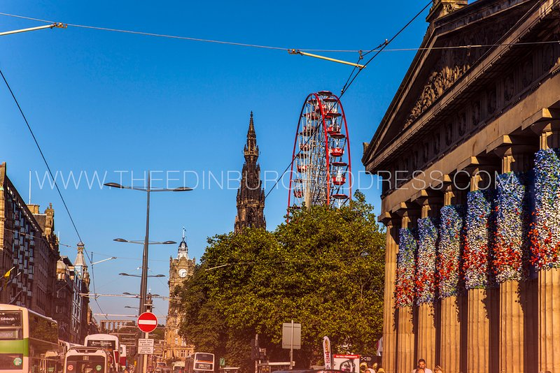 The Causewayside Apartment is close to Edinburgh's main attractions