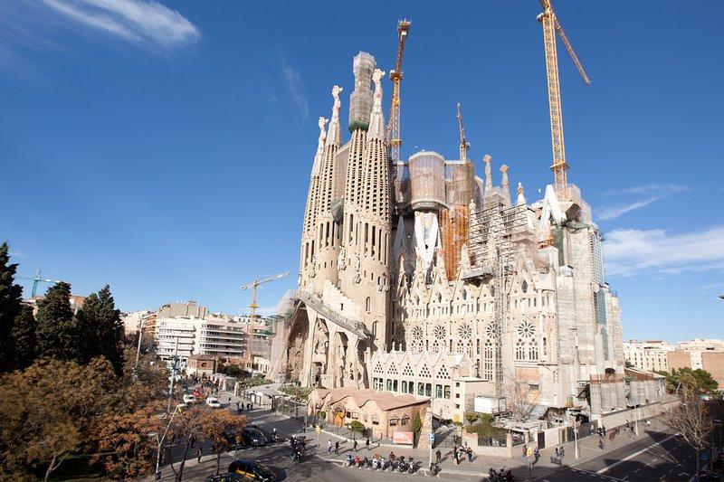whatching Sagrada Familia, vacation rental in Barcelona