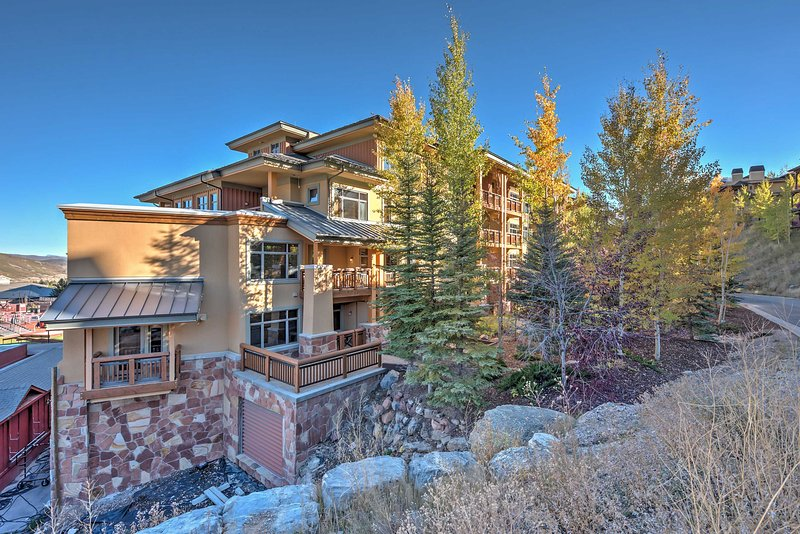Aprecie a melhor localização no coração da Canyons Village, na Sundial Lodge!