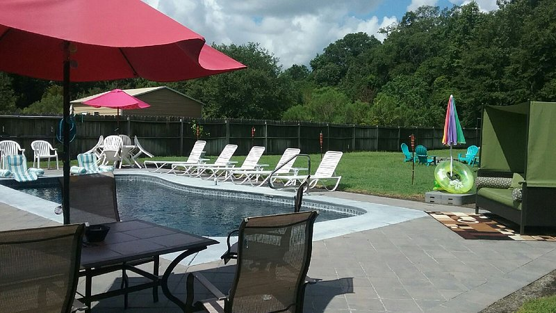 Spend a Night, Not a Fortune, holiday rental in Georgetown