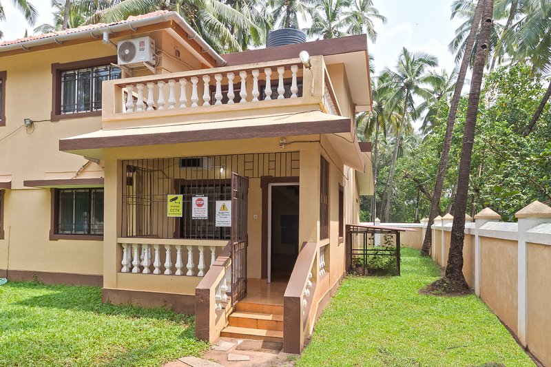 Affordable Budget Villa in Calangute Phase 9 -12 minutes walk to Calangute Beach, vacation rental in Nagoa