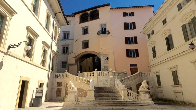 Your immediate neighbourhood in central Spoleto..