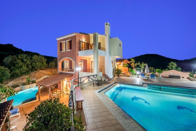 John A-B Villa, Stalos Chania Crete, vacation rental in Perivolia