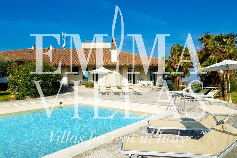 Villa Sofia 12, holiday rental in Roncofreddo