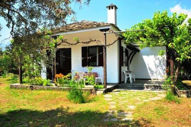 Golden Beach Villa 3, location de vacances à Skala Panagia