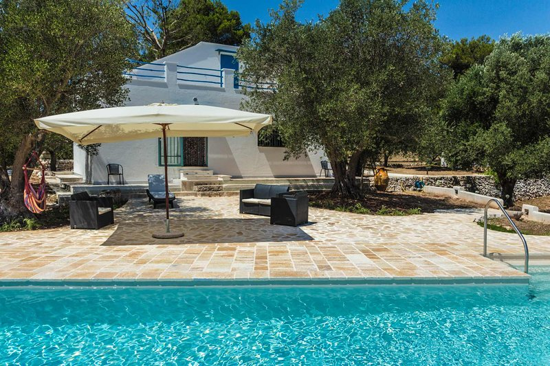 Puglia holiday house with pool near by Ostuni