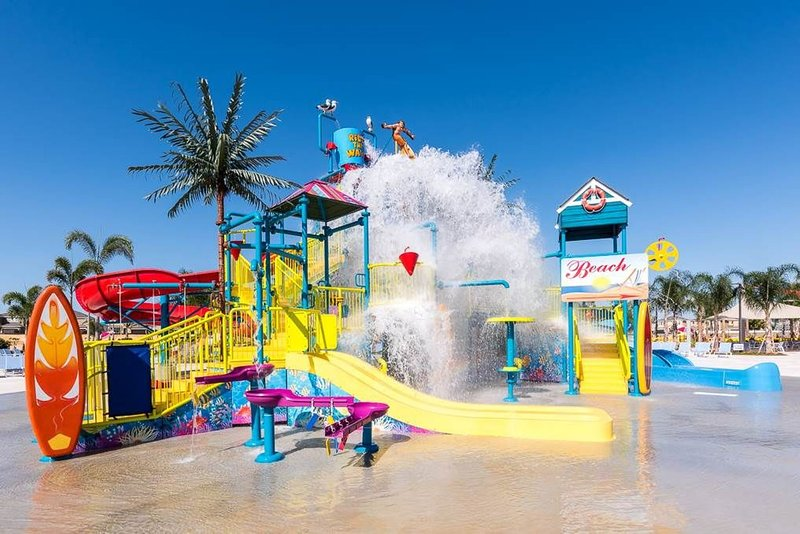 DISNEY DREAM LUXURY HOME PRIVATE WATERPARK POOL SPA, location de vacances à Kissimmee