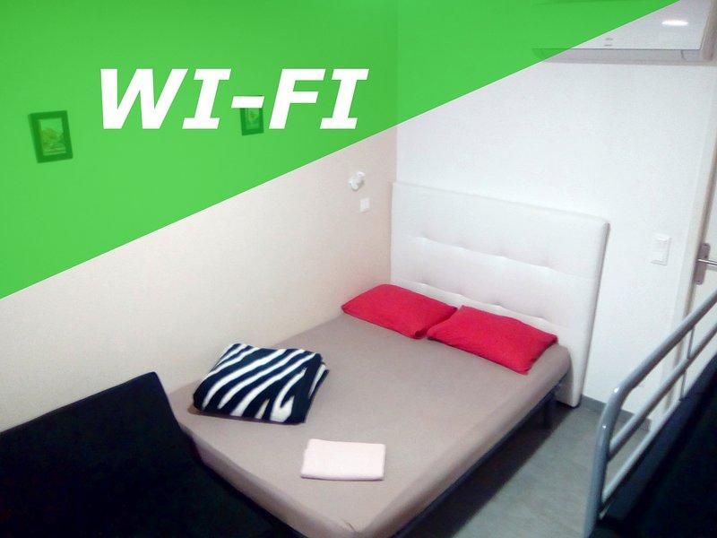 Studio avec Wi-Fi, Clim et Terrasse au Village, Ferienwohnung in Argeles-sur-Mer