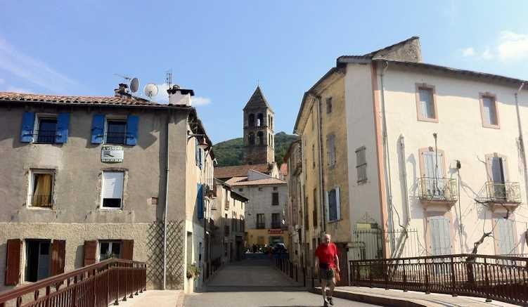 Plaissance, the nearby village 5 mins walk