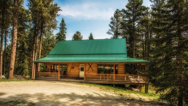 Whitetail Lodge, holiday rental in Iola