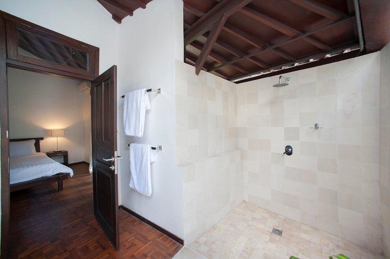 enquited bathroom