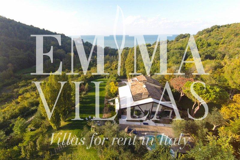Villa Vallugola 8, location de vacances à Coriano