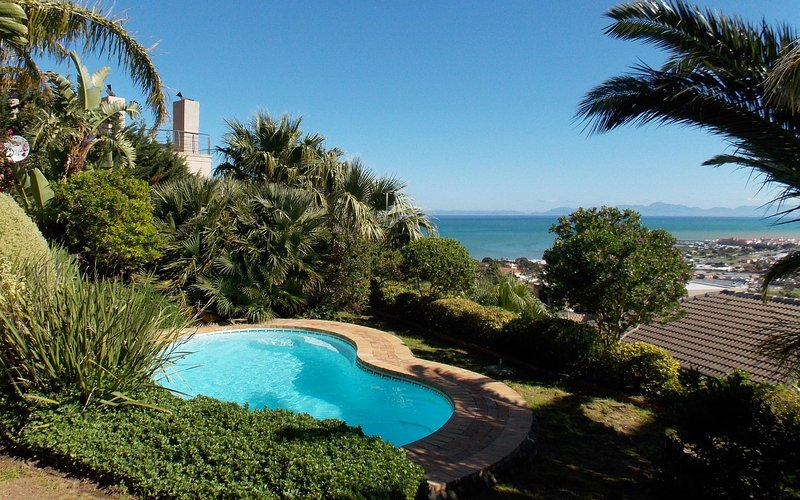 Summer Tides Main House, vacation rental in Grabouw