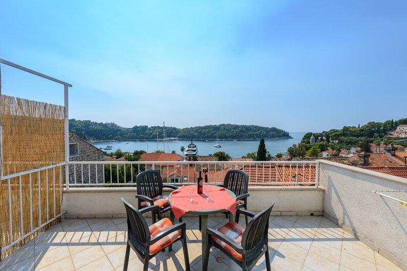 Terrasse bietet einen atemberaubenden Blick auf Cavtat Bucht