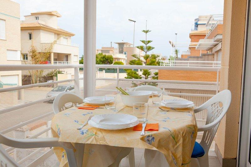 50 mts del mar, playa de oliva, para 6 personas - OD1, holiday rental in Oliva