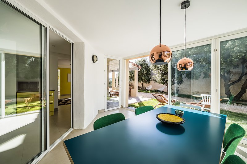 design house indoor heated pool Uzes Pont du Gard