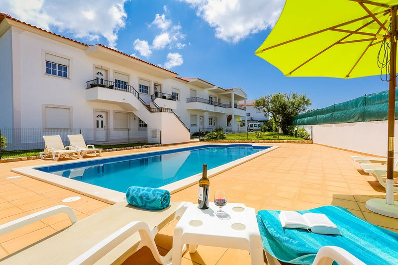 RC-Pata Residence! Apartment L in Albufeira 5 min Falesia beach, vacation rental in Albufeira