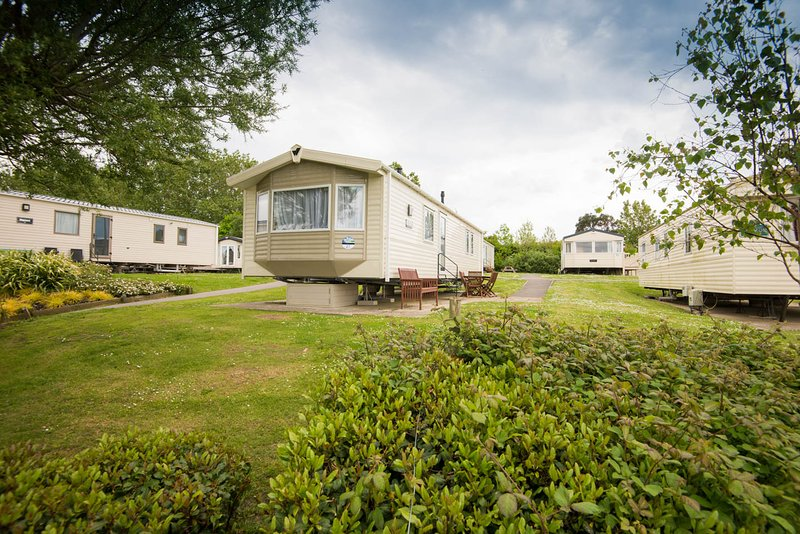 Valley View 27 at Combe Haven Holiday Park, casa vacanza a Hastings