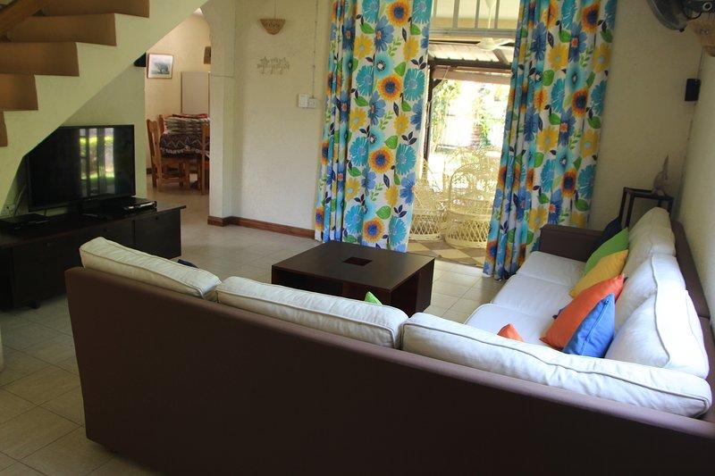 Lounge / TV Room