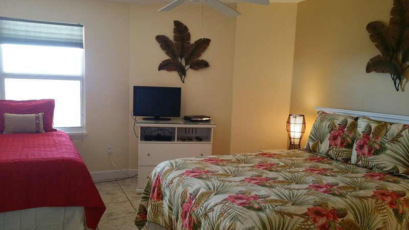 2nd Bedroom with Queen Bed and Twin Bed and Ensuite bathroom