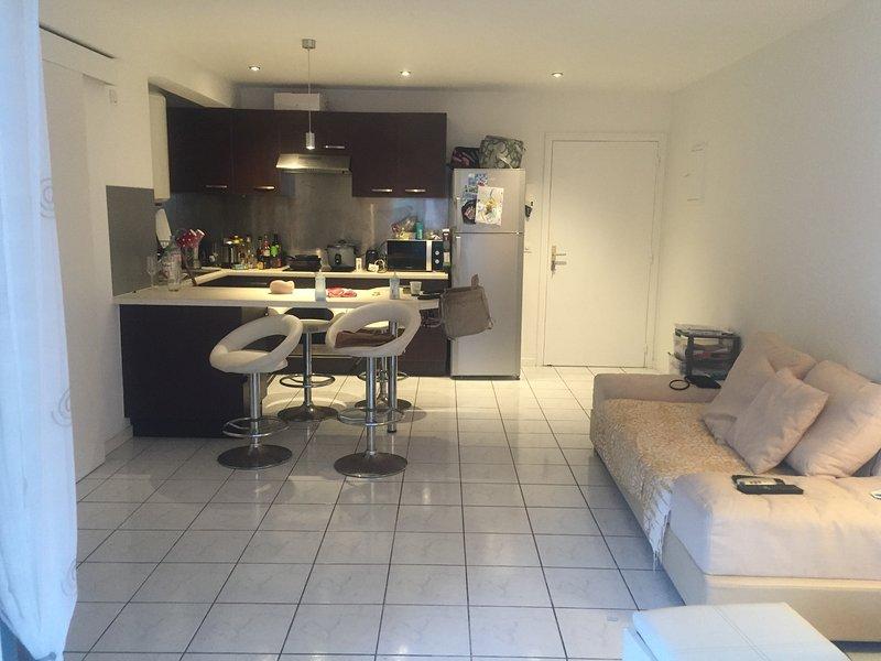 Joli appartement en RDJ, casa vacanza a Nuova Caledonia