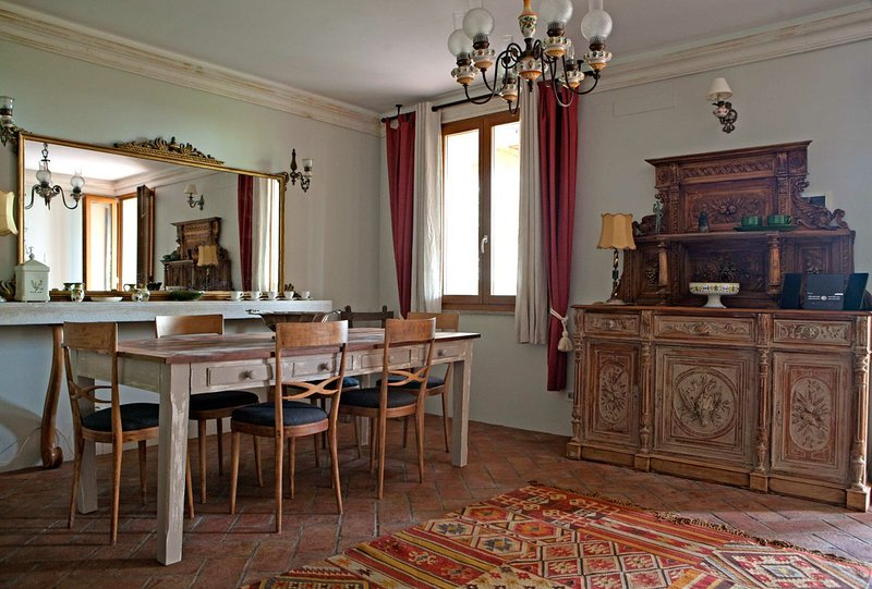TUSCANY FOREVER RESIDENCE  VILLA FAMIGLIA No.5 GROUND FLOOR APARTMENT