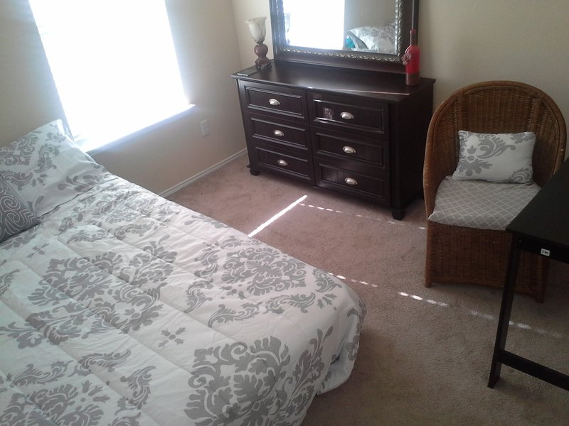 Queen size murphy bed with 6 drawer dresser.