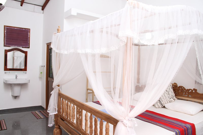 Girilena Guest House, holiday rental in Rathgama