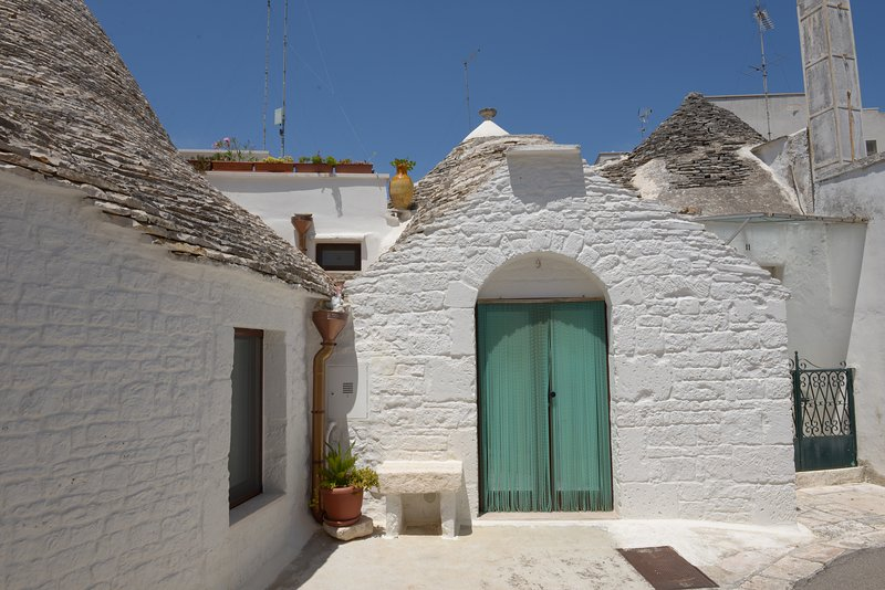 Trulli Zara 'PARVA', vacation rental in Coreggia