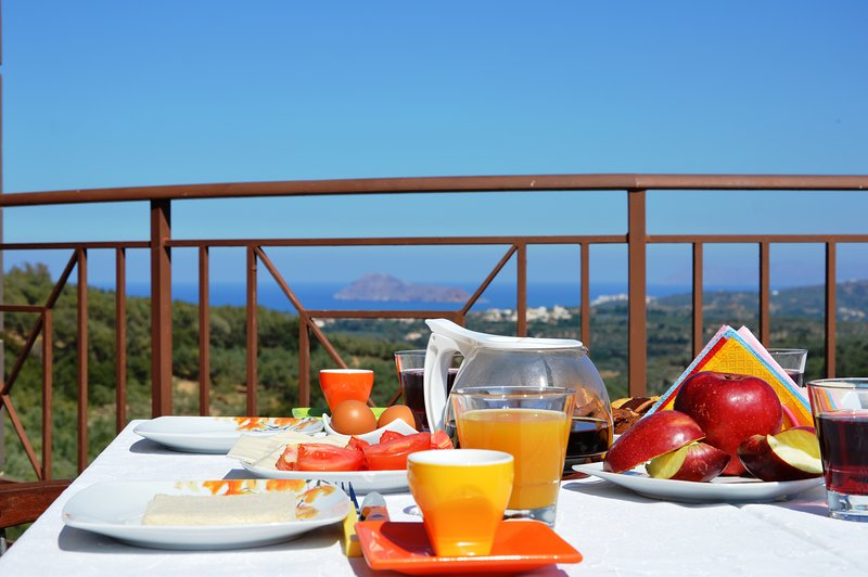 Private pool★Jacuzzi★ Sea view ★ BBQ & 4 bedrooms, location de vacances à Nteres