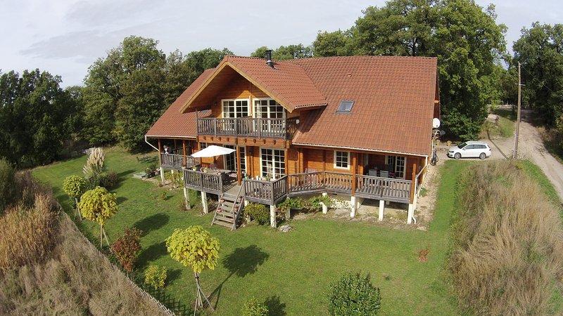 L'arrivée à Autoire: un beau village en France, location de vacances à Autoire