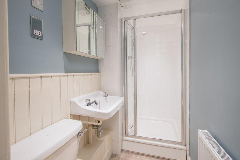 En-suite μπάνιο με ντους