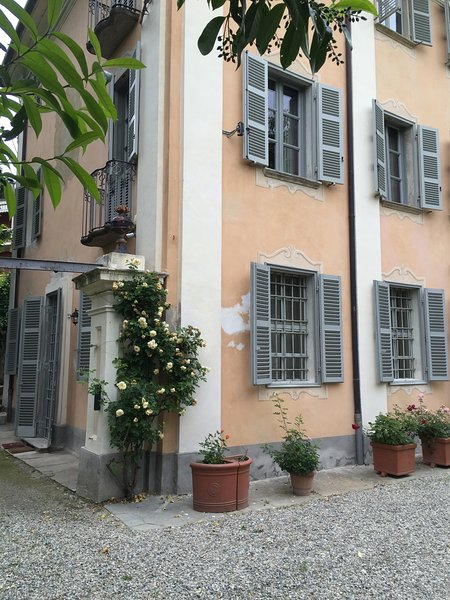 Garden suite Relais Villa Valpiana, vacation rental in Sciolze
