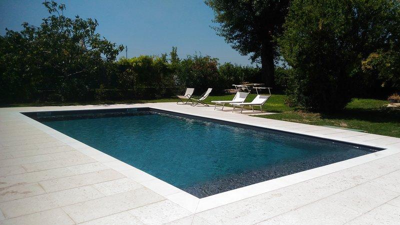 Cottage with swimming pool near Verona!, location de vacances à Colognola ai Colli