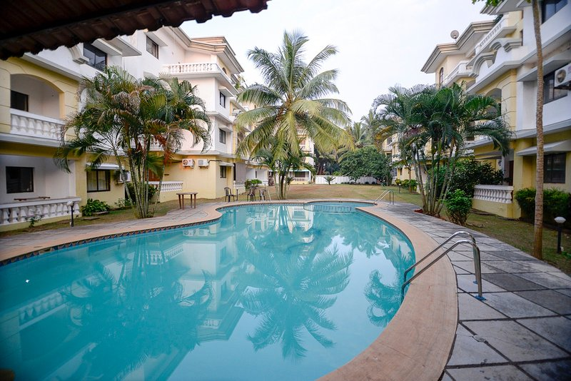 TripThrill Goan Imperial Holidays 2B Apartment - 8, holiday rental in Varca