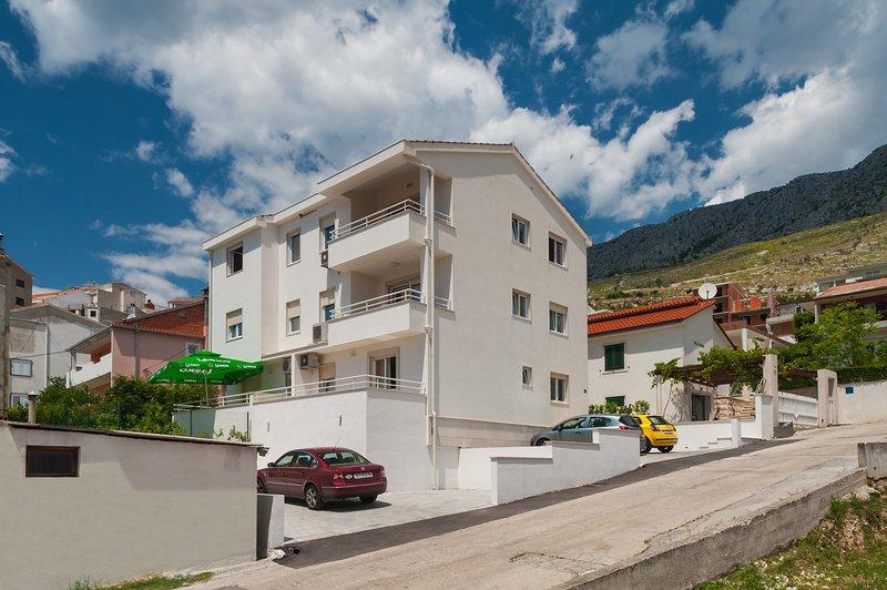 Newly built apartments Maja, Dugi Rat