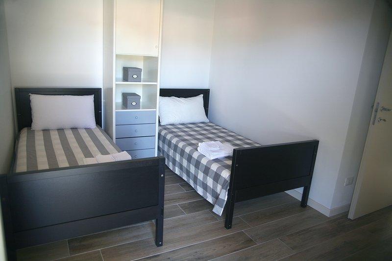 habitación con 2 camas individuales en la primera planta