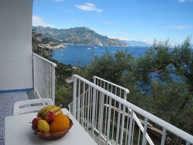 Amalfi Coast, 2 :  MAGIC SEA VIEW -  free WiFi, holiday rental in Conca dei Marini